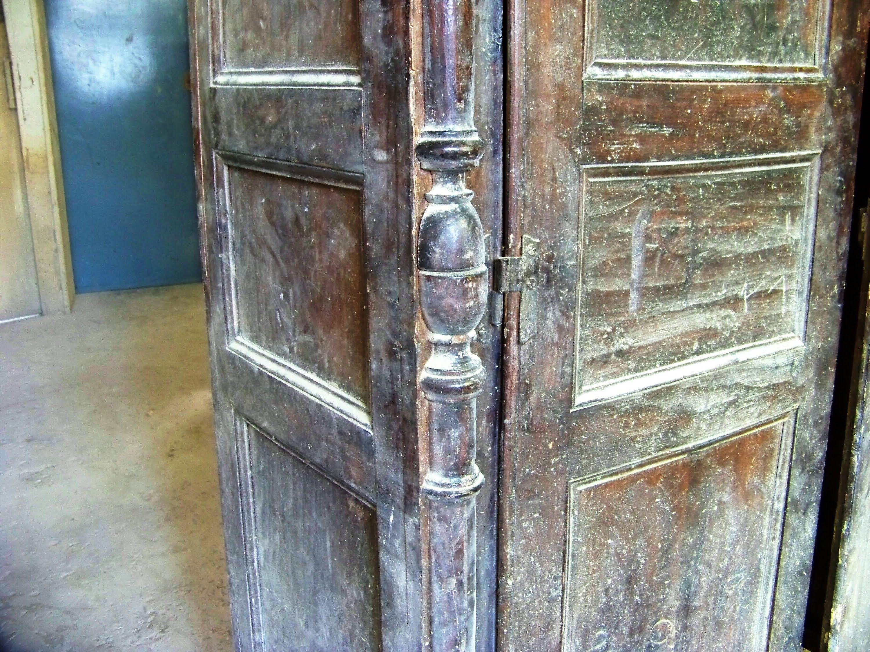 Como restaurar un mueble antiguo 1 parte bancas for Reciclaje de muebles antiguos