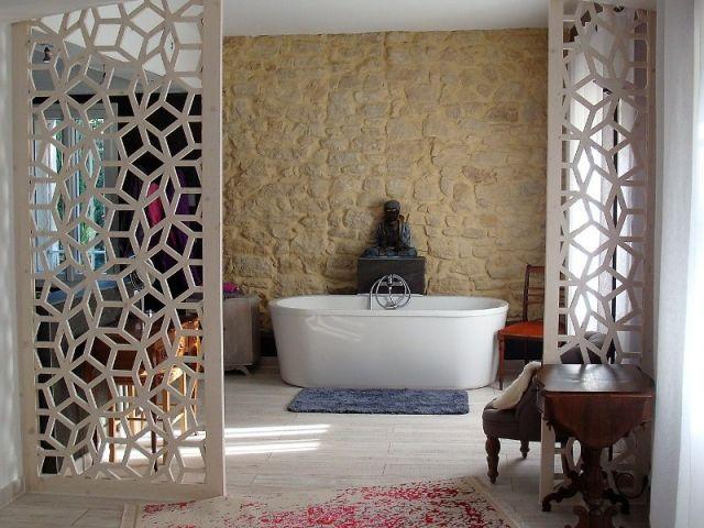 un claustra pour une salle de bains separateur de. Black Bedroom Furniture Sets. Home Design Ideas