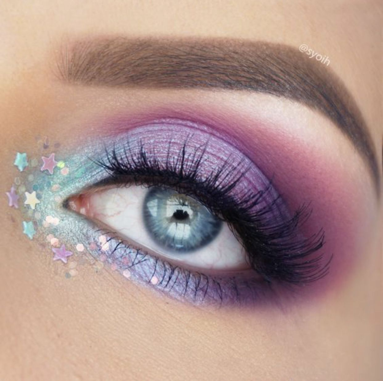 Unicorn eye makeup!