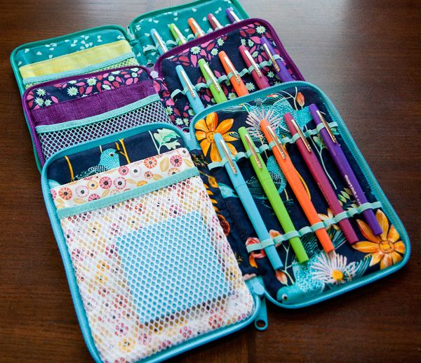 52 Zippers #21: Creative Maker Cases