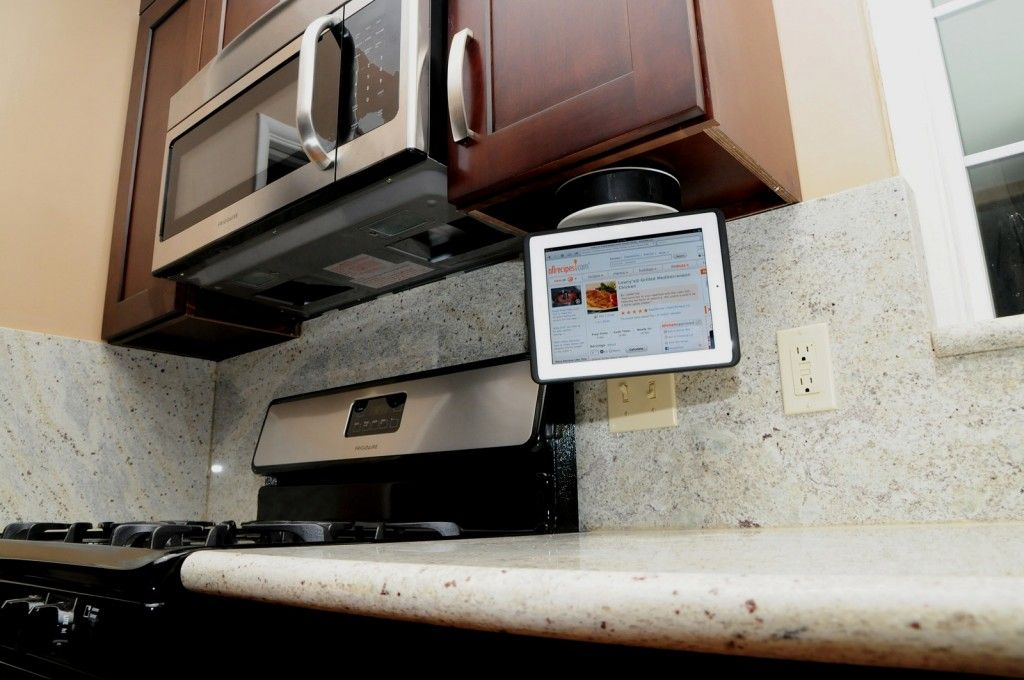 iPad kitchen mount Makes me want to re-do our kitchen even faster