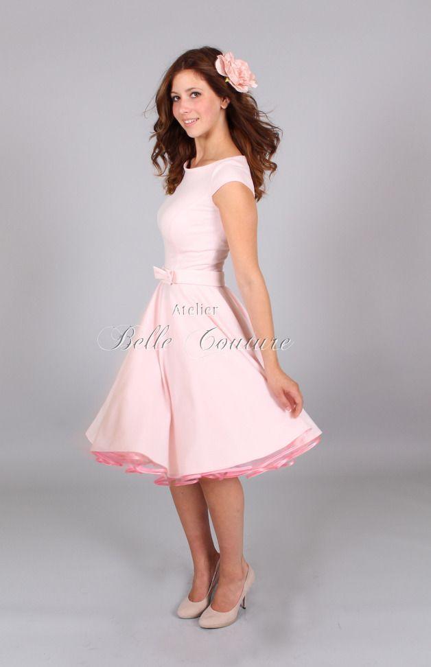 Jerseykleid Mit Tellerrock U Bootausschnitt Kurze Armchen Rocklange Ca 57cm Pastell Rosa Schleifengurtel In Kleider Kleider Fur Frauen Mode Uber 50