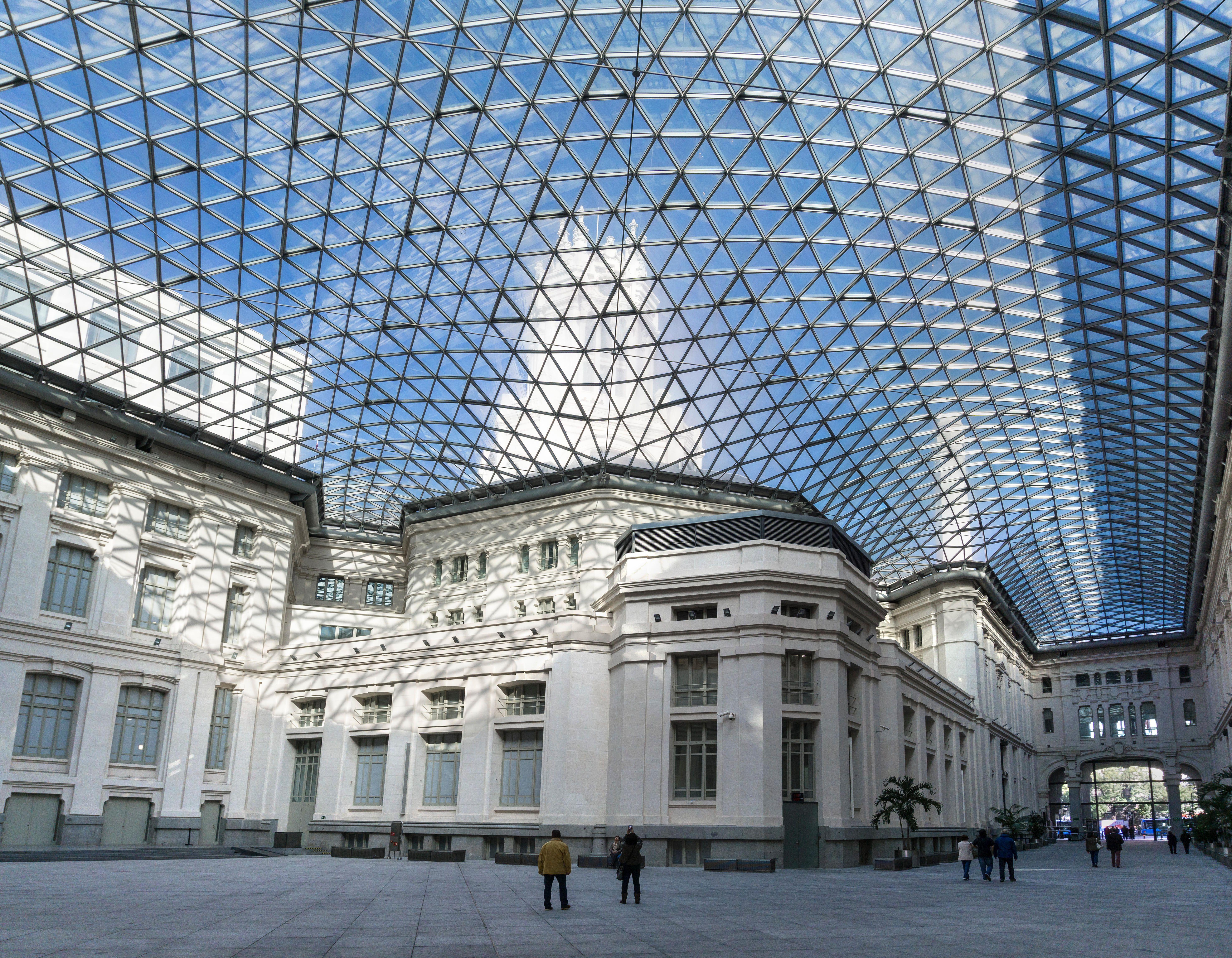 Un Siglo Para El Palacio De Cibeles Arquitectura Palacios Edificios