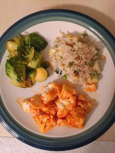 Summer Squash & Zucchini Risotto, Buffalo Cauliflower Bites, & Pan Roasted Brussel Sprouts  #SummerSquash #Zucchini #DairyFree #Risotto #BuffaloCauliflowerBites #Buffalo #Cauliflower #PanRoastedBrusselSprouts #BrusselSprouts #Vegan #Vegetarian #GlutenFree #Dinner #Recipe #Cook #Blog #Blogger #BlogPost #BellinisToBlooms #buffalobrusselsprouts Summer Squash & Zucchini Risotto, Buffalo Cauliflower Bites, & Pan Roasted Brussel Sprouts  #SummerSquash #Zucchini #DairyFree #Risotto #BuffaloCauliflowerB #buffalobrusselsprouts