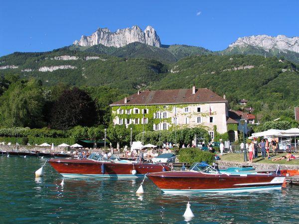 vacances de luxe l 39 abbaye de talloires proche d 39 annecy savoie alpes ski montagne. Black Bedroom Furniture Sets. Home Design Ideas