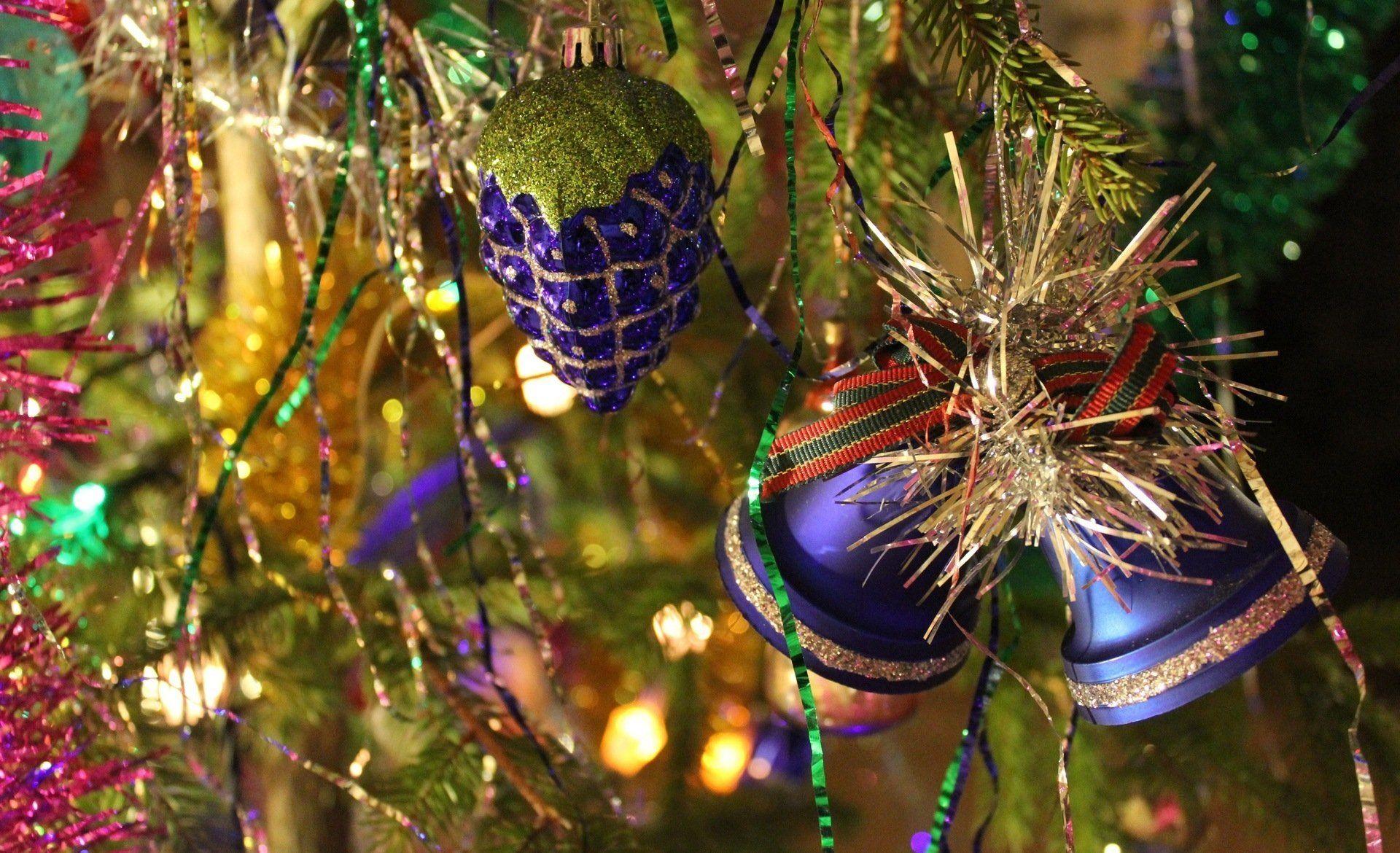 Holiday Christmas Christmas Ornaments Wallpaper