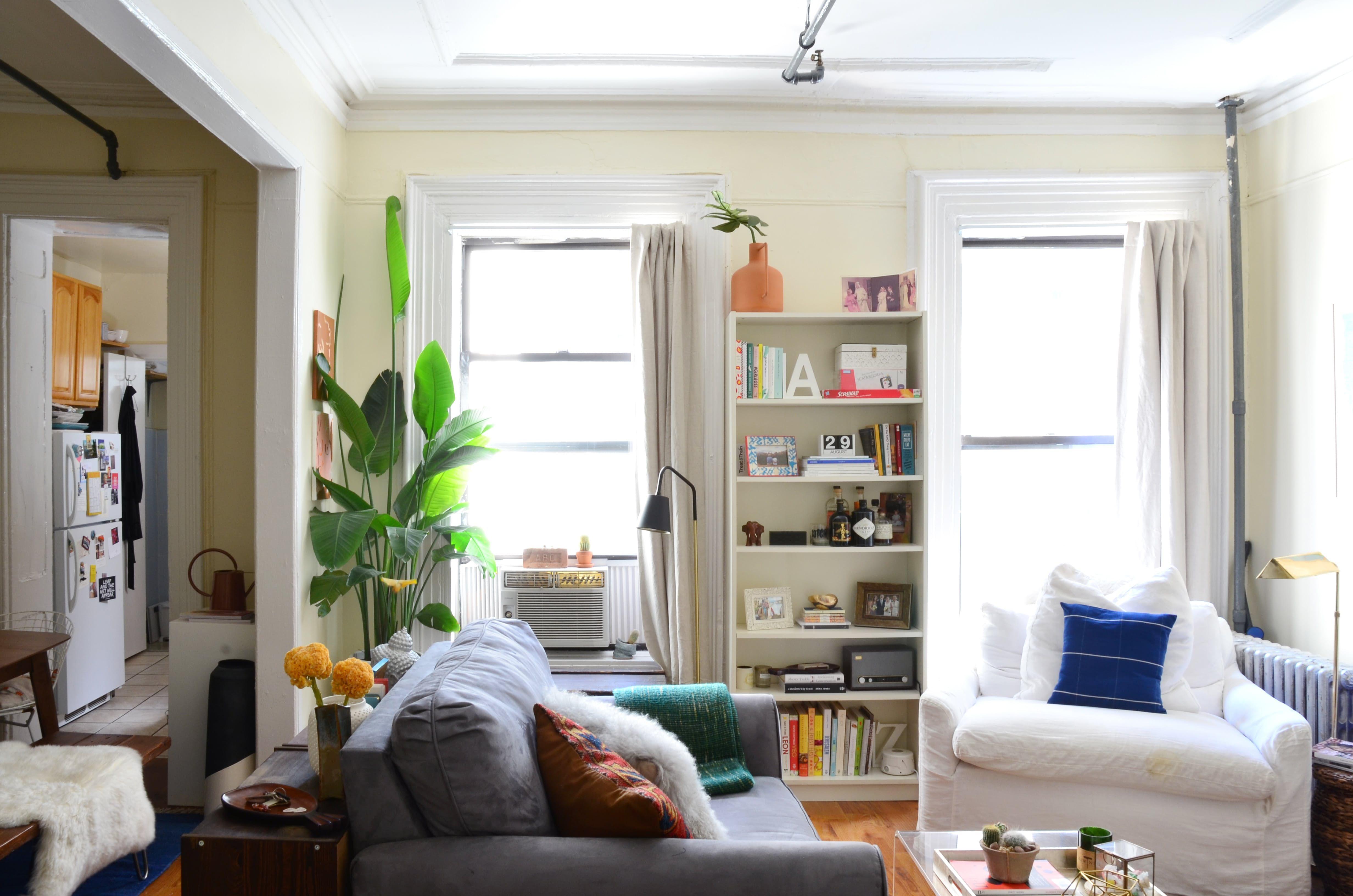 A Dreamy 400-Square-Foot Brooklyn Studio | Studio apartment ...