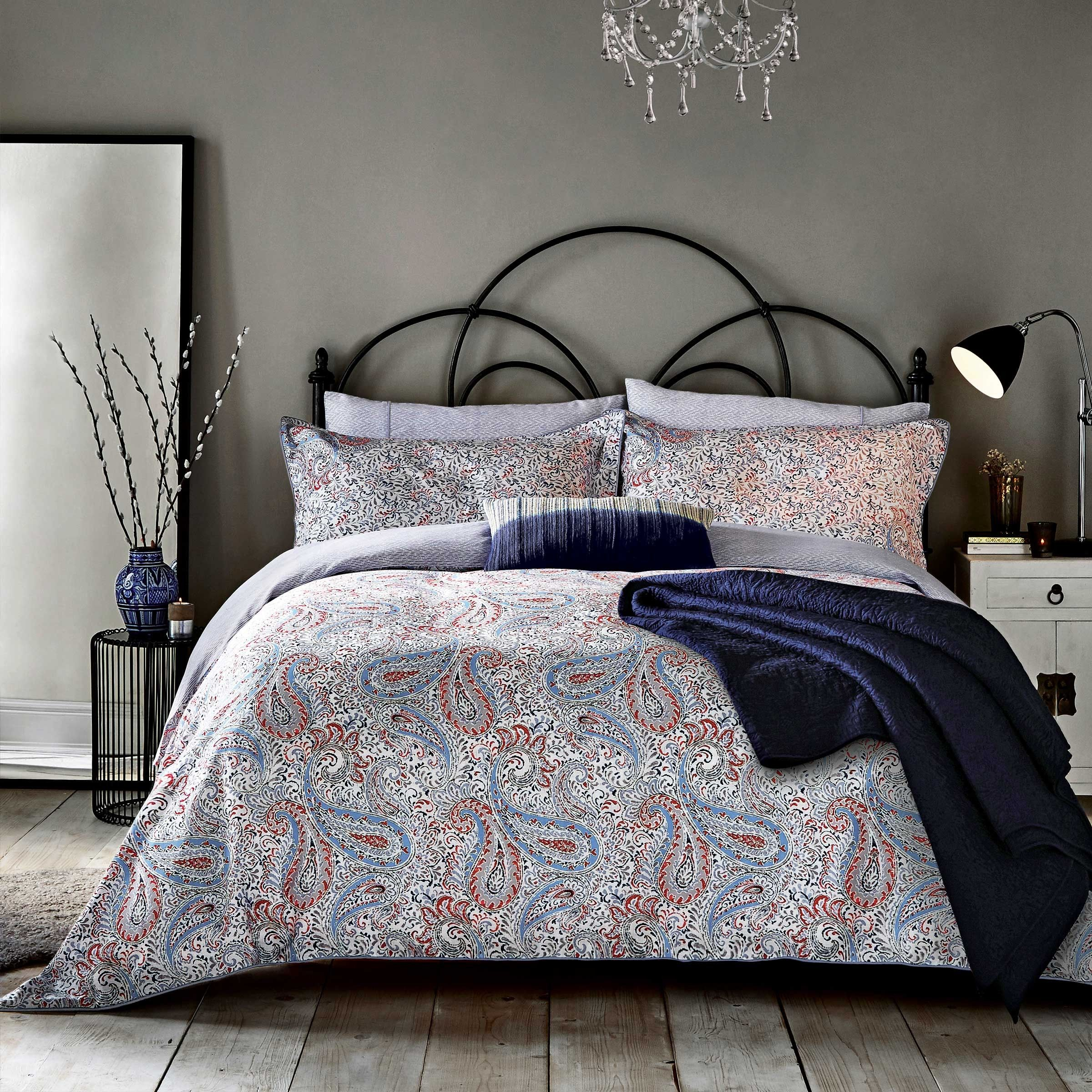 Patterned Bedding Unique Design Ideas