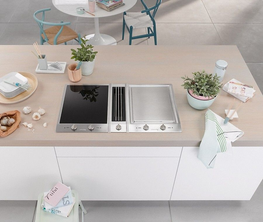 Piano cottura e teppan yaki con cappa a scomparsa | Kitchen in ...