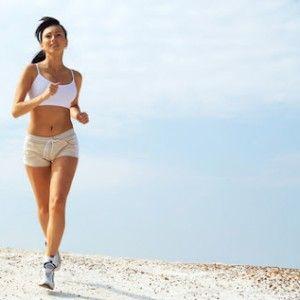 ¿Trotar o caminar?  En esta época en la que todo el mundo entrena, puede resultar complicado elegir una actividad en específico