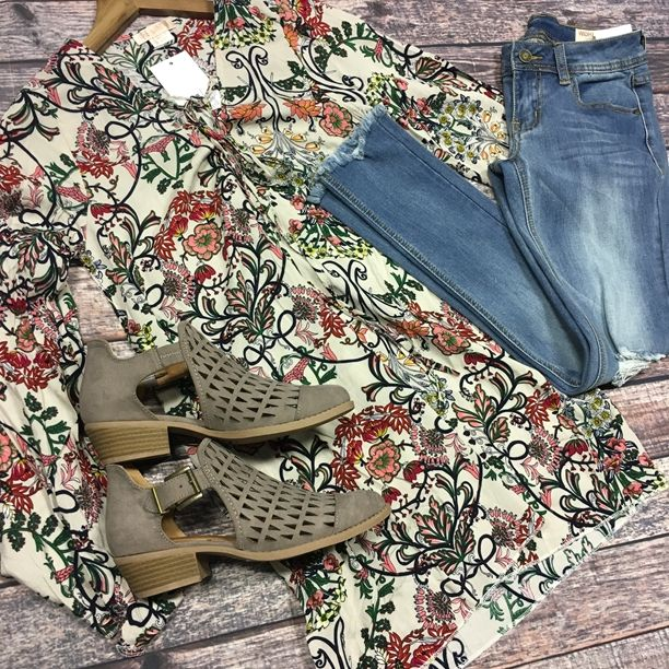 {Oriental Flower Lace up top $22.25||Fray Edge Jeans $49.50|| Lattice Booties $45} Comment below with PayPal to purchase and ship or comment for 24 hour hold #repurposeboutique#shoprepurpose#boutiquelove#style#trendy#musthaves#obsessed#fashion#spring