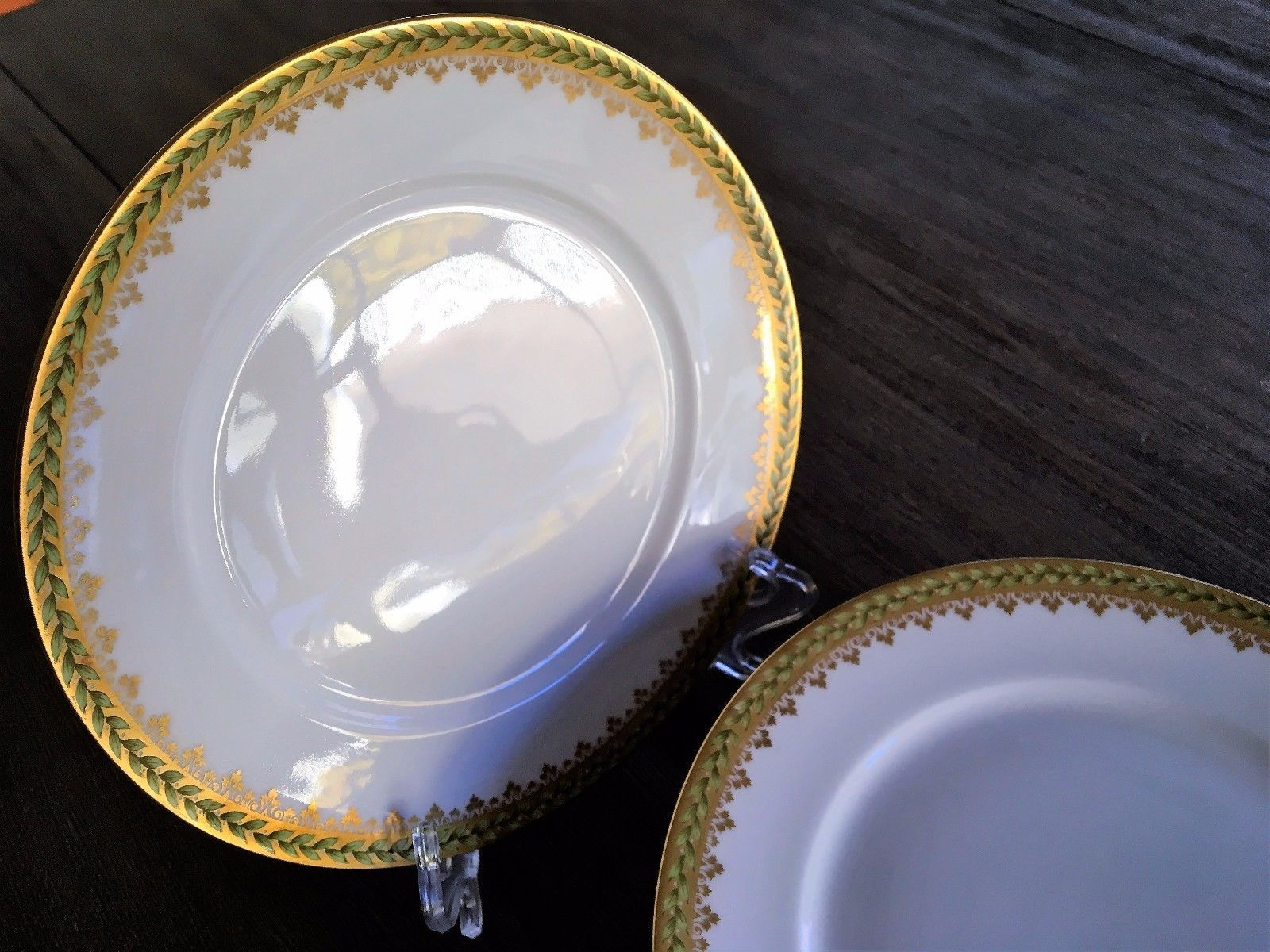 This is a set of 8 luncheon plates in the Empire Wreath pattern. Condition & This is a set of 8 luncheon plates in the Empire Wreath pattern ...