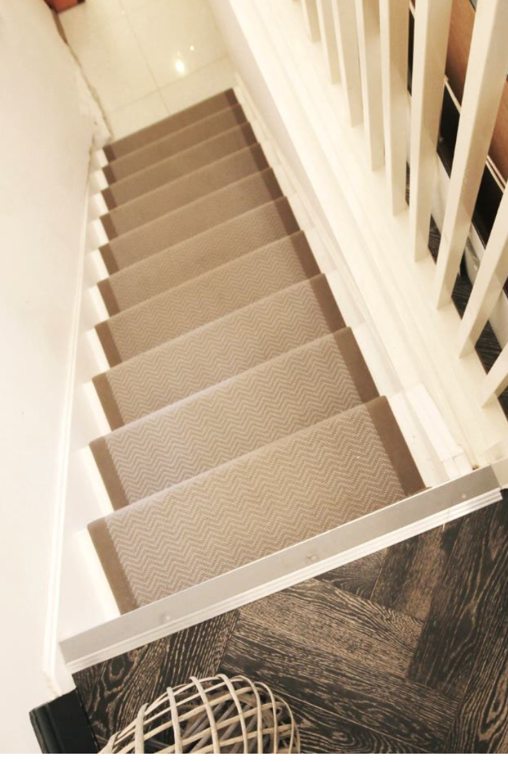 Best Wool Iconic Chevron Rialto Carpet In 2020 Carpet Stairs 400 x 300