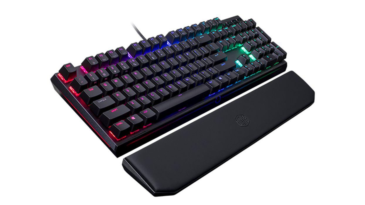 Coolermaster Unveils New Mechanical Gaming Keyboard Masterkeysmk750 More Https Jadorendr De Coolermaster Cooler Master Tastatur Usb