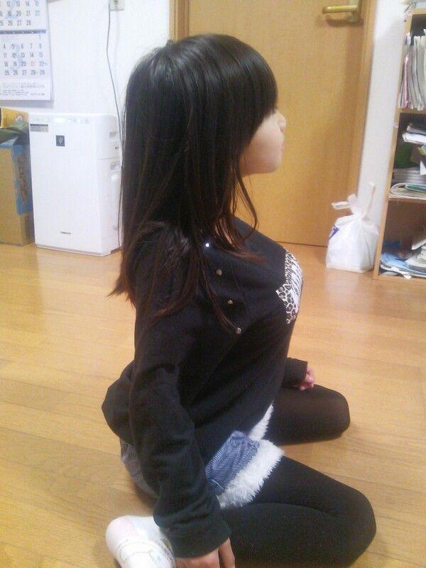 she is not a human. ぐうかわ(ラブドールだと思う)