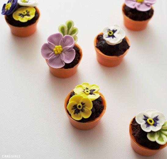 Diy Tiny Flower Pot Cakes Tort V Vide Cvetochnogo Gorshka Mini Torty Na Den Rozhdeniya Kapkejki