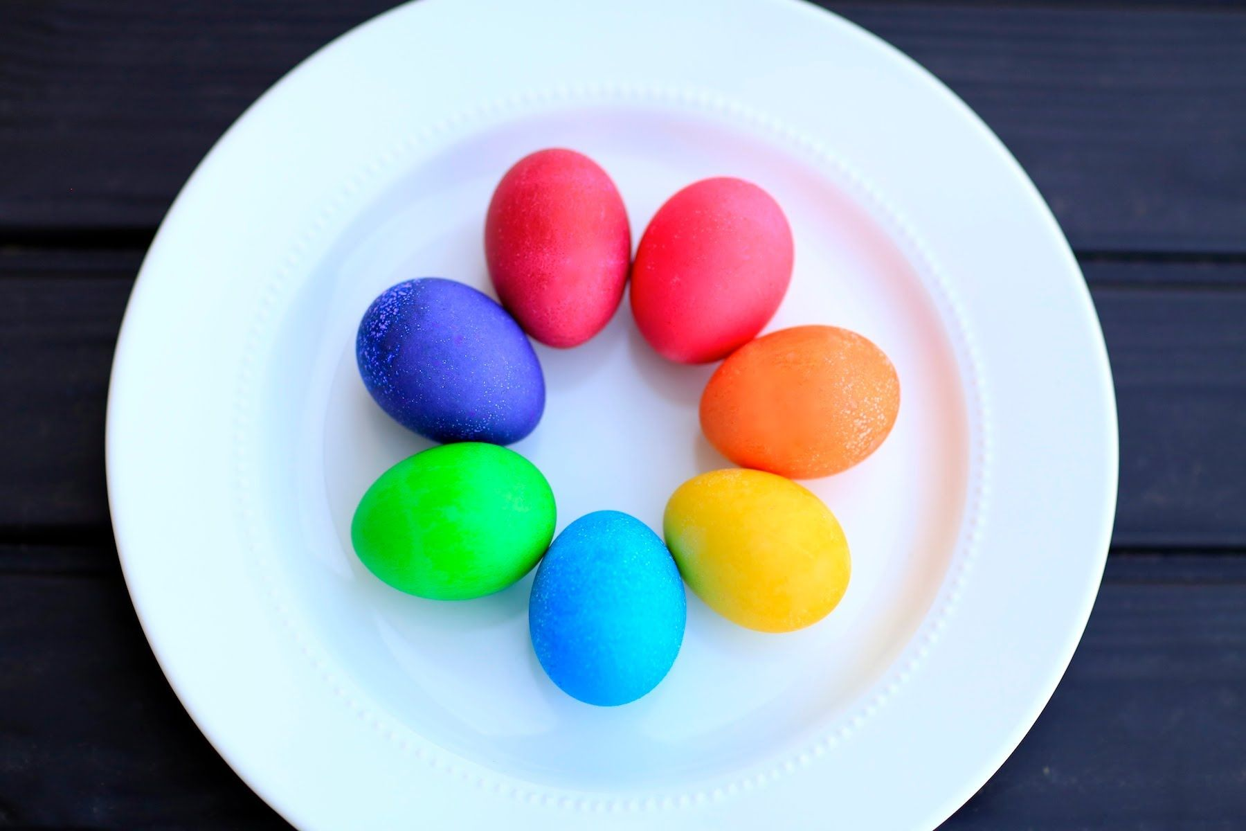 Diy Vibrant Easter Egg Colors Brooklyn And Bailey Playlist