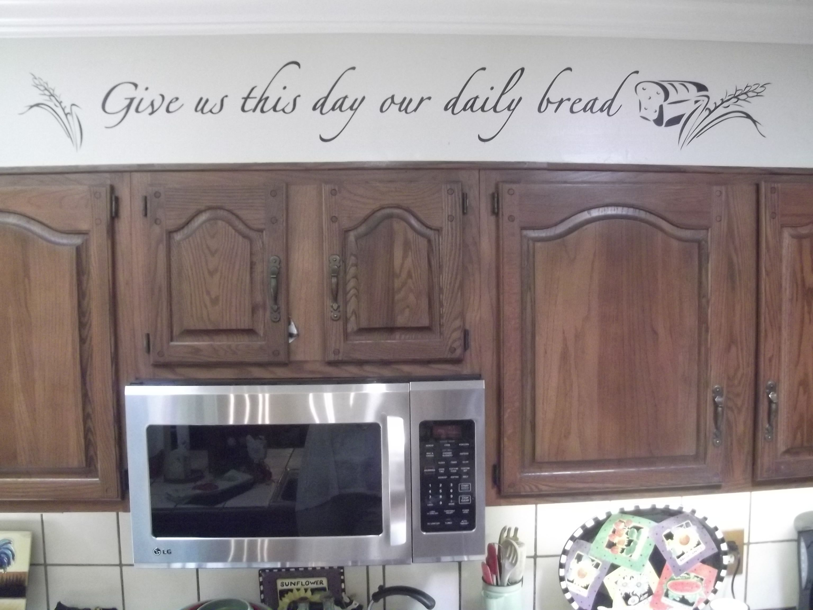 Some Wall Bling Above The Cupboards Really Enhanced This Kitchen Vinyl Wall Quote By Simply Said Designs Kitchen Simply Said Designs Vinyl Wall Quotes