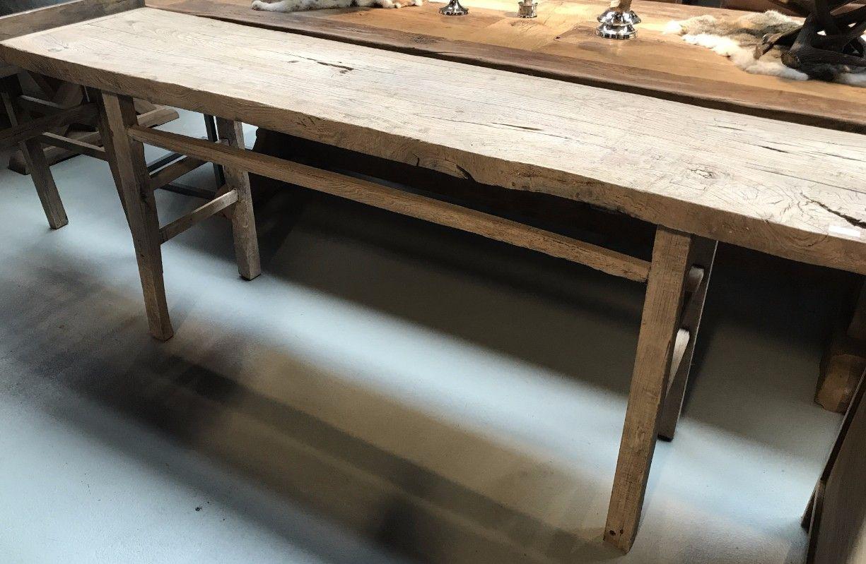 Side Table Oud Hout.Landelijke Oude Sidetable De Sidetable Heeft Een Fraaie