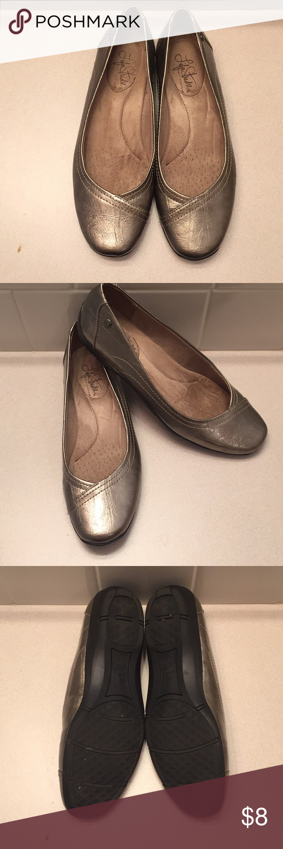 Life stride flats Only been worn twice with no damage. The soles look brand new and has a comfy inside. Life Stride Shoes Flats & Loafers