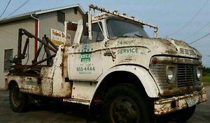Tow Truck Saskatoon >> Vintage Ford Tow Truck Saskatoon Saskatchewan Image 1 Ford