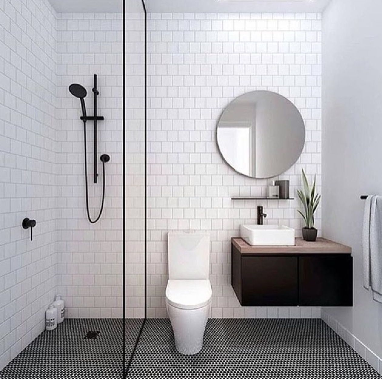 bathroom black & white | Bathrooms | Pinterest | Bathroom black ...