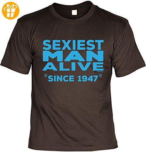 Cooles T-Shirt zum 70. Geburtstag Sexiest Man Alive Since 1947 Geschenk 70.  Geburtstag 70 Jahre Geburtstagsgeschenk Geschenk Opa Oma Großeltern:  Amazon.de: ...