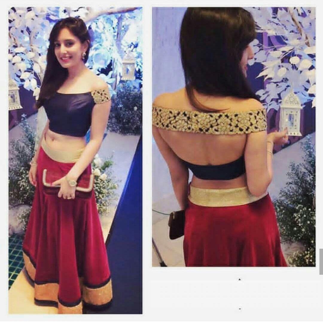 108707e6f65d9 Stylish design for blouse