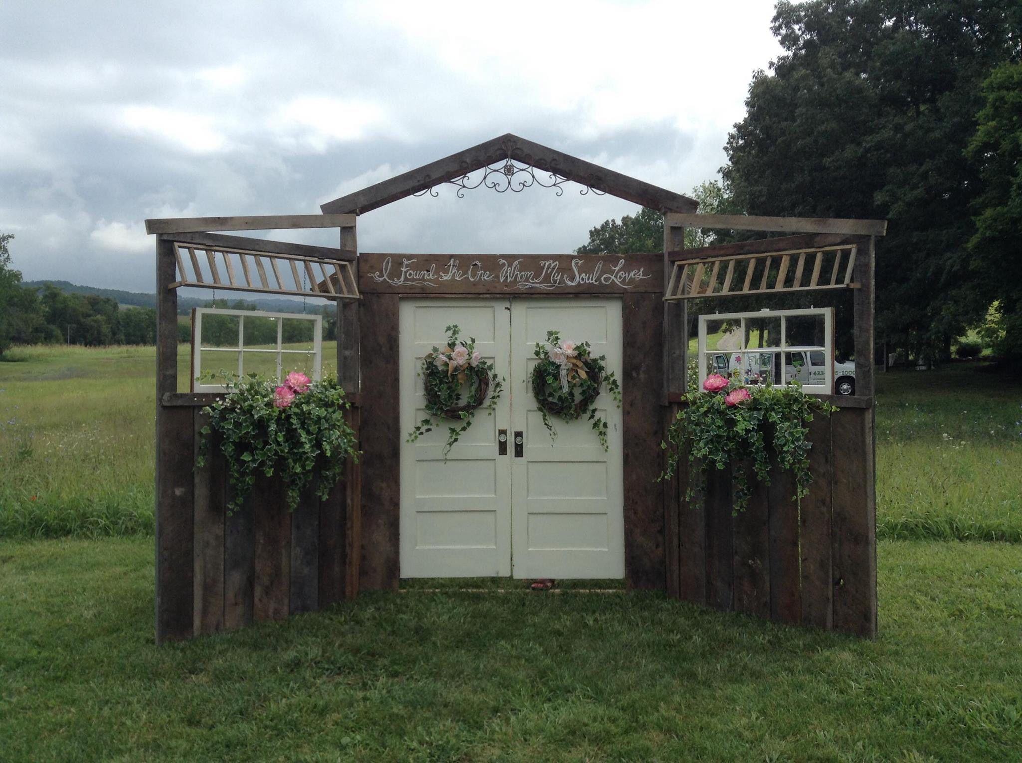 Rustic Barn Wood Wedding Doors Vintage Rent Flowers By Tammy