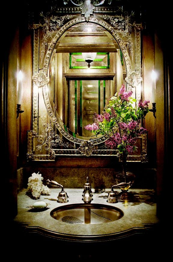 Trending Now in Bathroom Decor: Show-Stopping Mirrors | Powder room ...