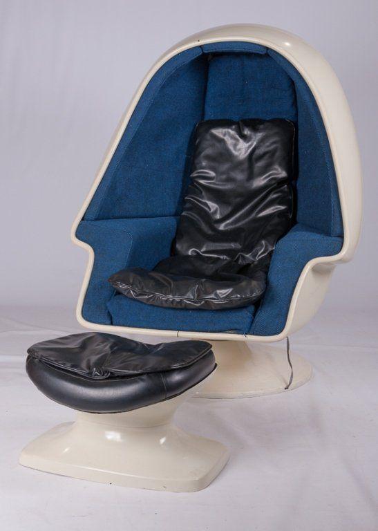 Lee West Alpha Egg Pod Speaker Chair Set, C 1960 : Lot 225