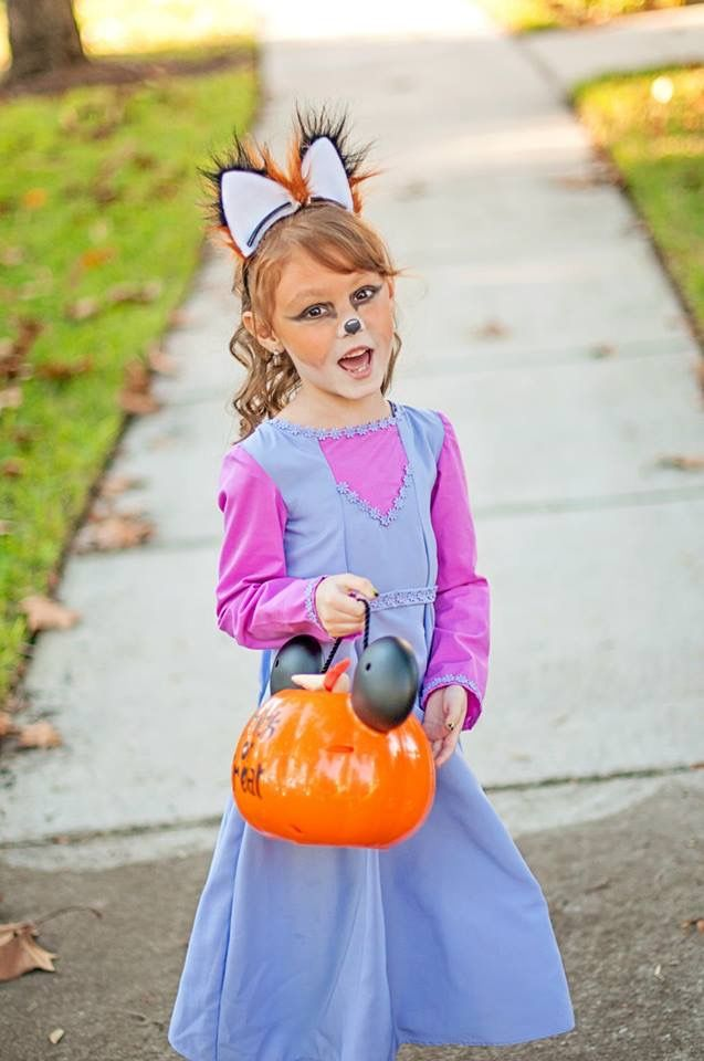My daughter dressed as Maid Marian from Disneyu0027s Robin Hood for Halloween last year she loved & My daughter dressed as Maid Marian from Disneyu0027s Robin Hood for ...