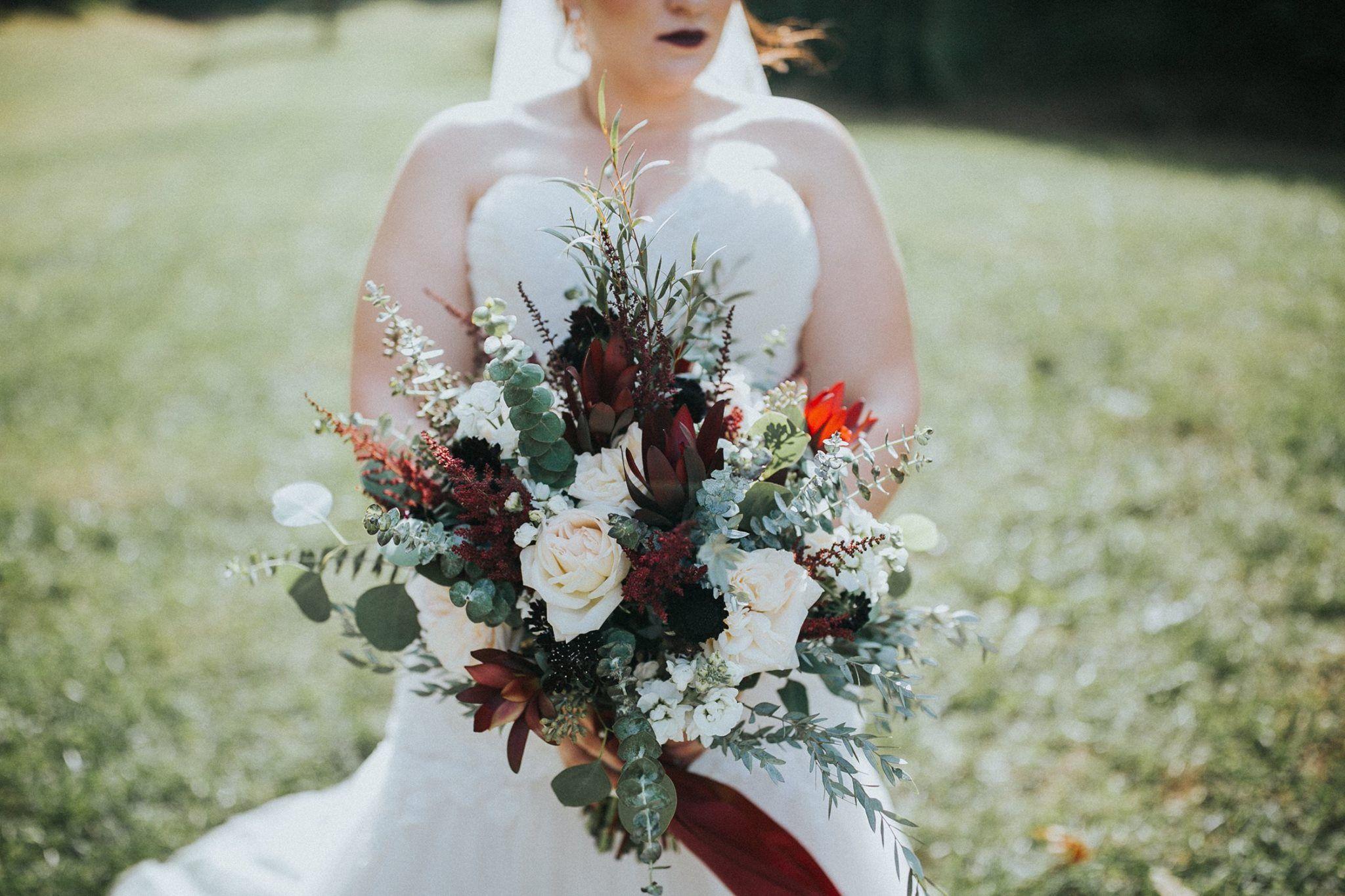 Outdoor wedding, rustic wedding; barn wedding; wildflower
