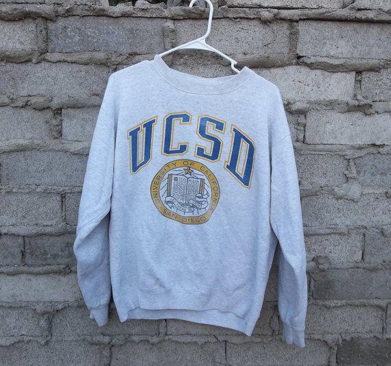 more photos c1fba 6d0e3 Vintage Sweatshirt UCSD 1980s San Diego University of