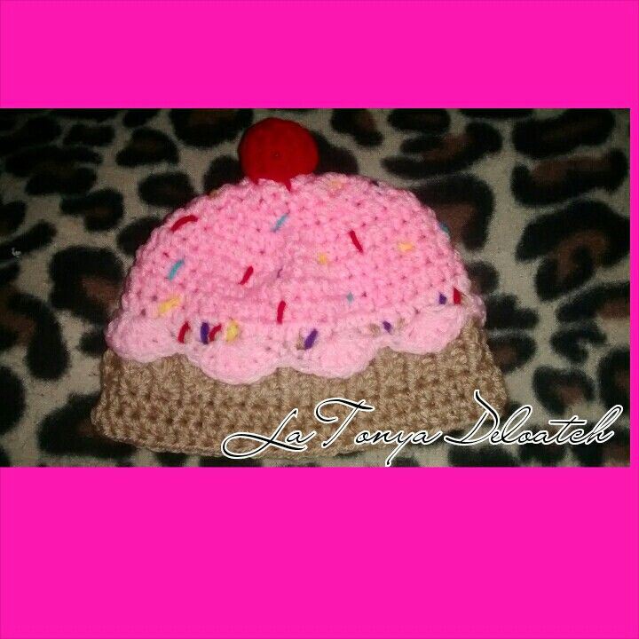 Cupcake hat with sprinkles 0-3 months