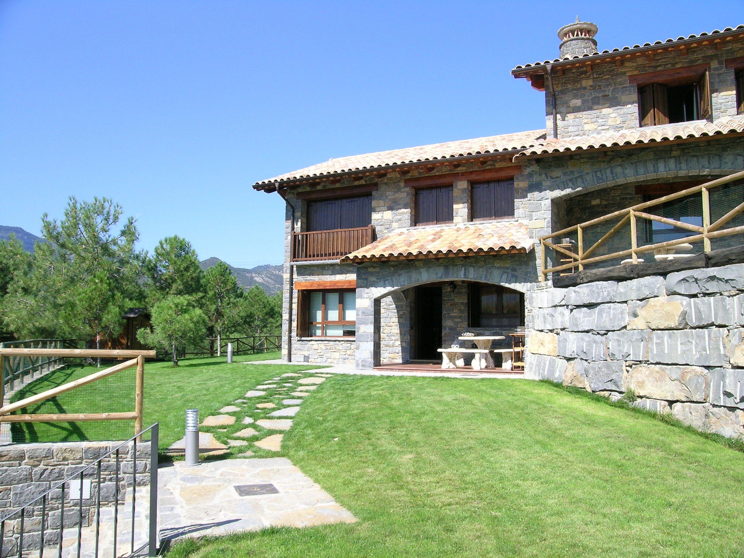 Casa margarita casas rurales en los pirineos huesca parque nacional de ordesa y monte - Ordesa casas rurales ...