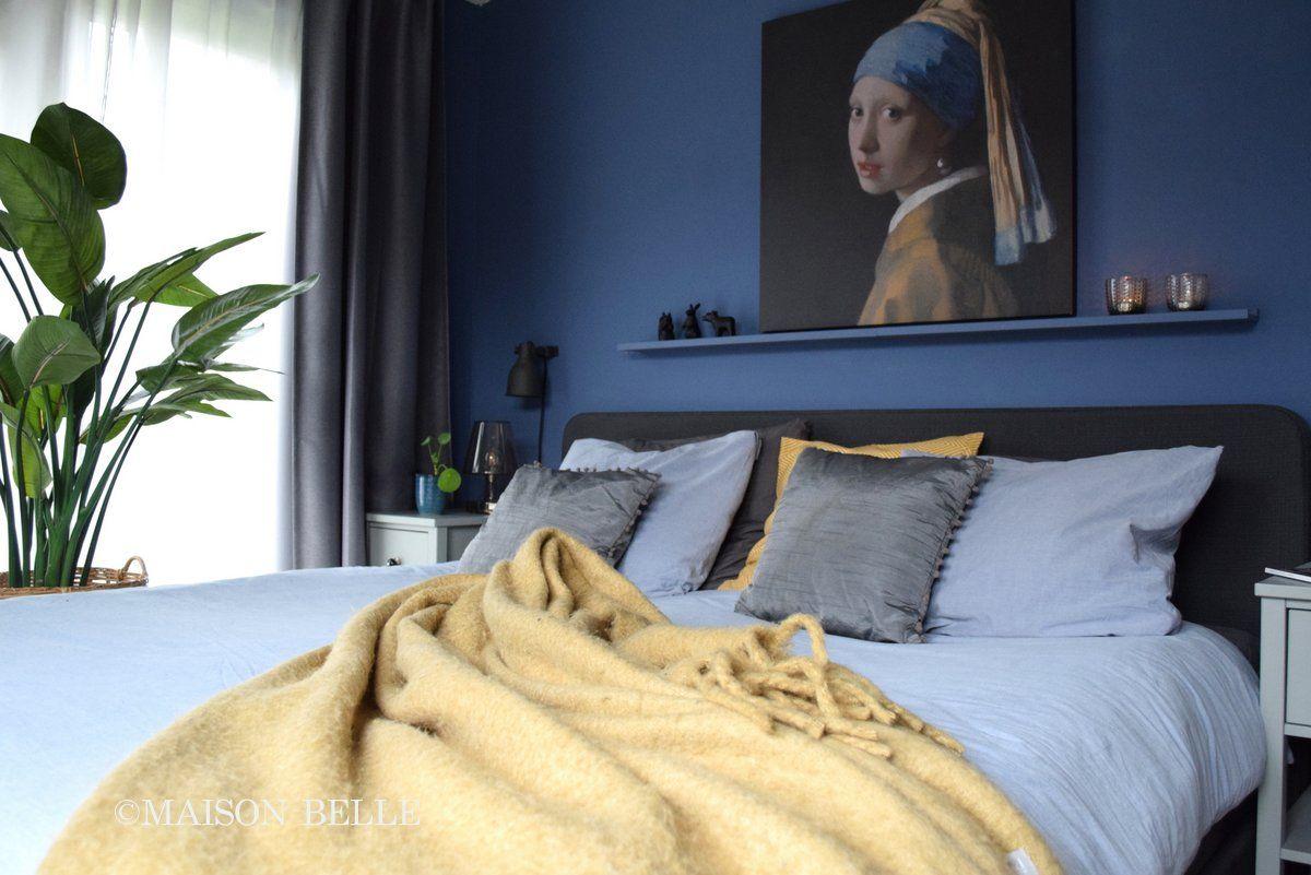 Slaapkamer styling - blauw en oker geel - Maison Belle - Maison ...