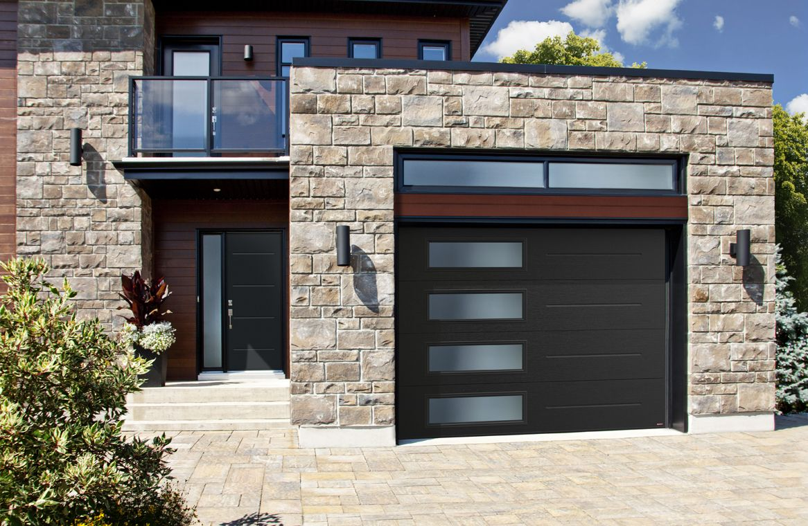 Black Modern Garage Door Porte De Garage Noire Contemporaine Contemporary Garage Doors Modern Garage Doors Garage Doors
