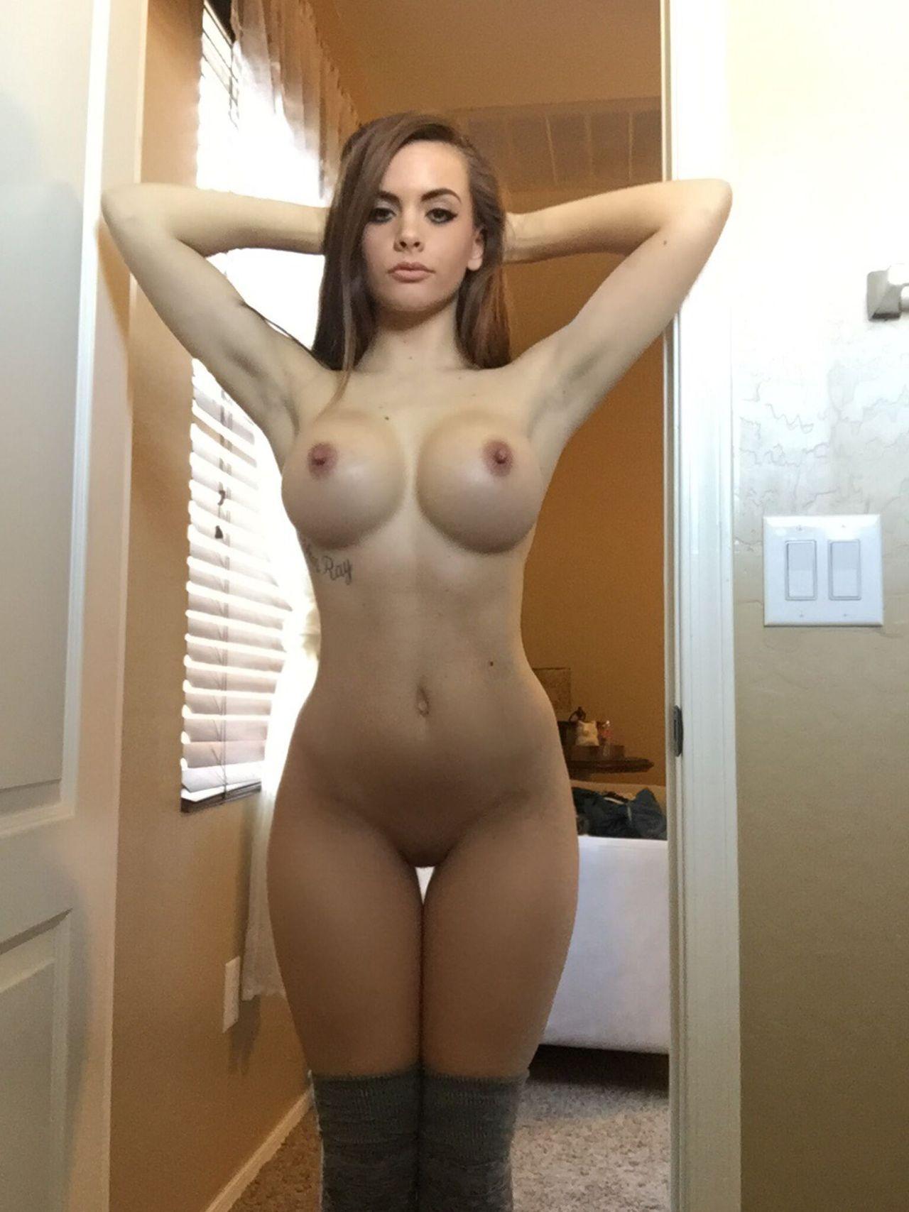 small chick big tits