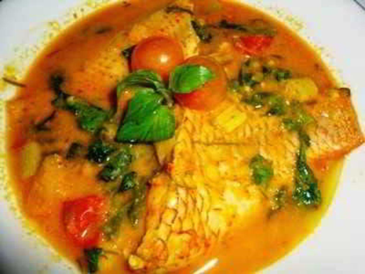 Cara Memasak Gulai Ikan Mas Bumbu Kuning Padang Yang Lezat (With images) | Cooking recipes ...