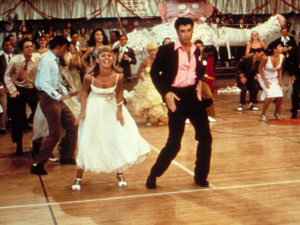 20 First Dance Songs For Your Wedding That Wont Make You Cringe Promise