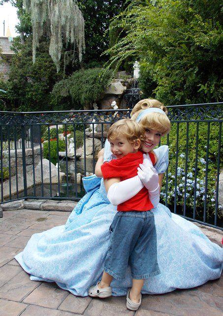 16 sugestões para ser mais feliz na Disneyland em http://www.diariodeviagem.com