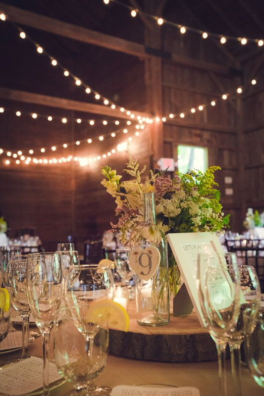 Wedding centerpiece rustic country theme wood slice wine wedding centerpiece rustic country theme wood slice wine junglespirit Image collections