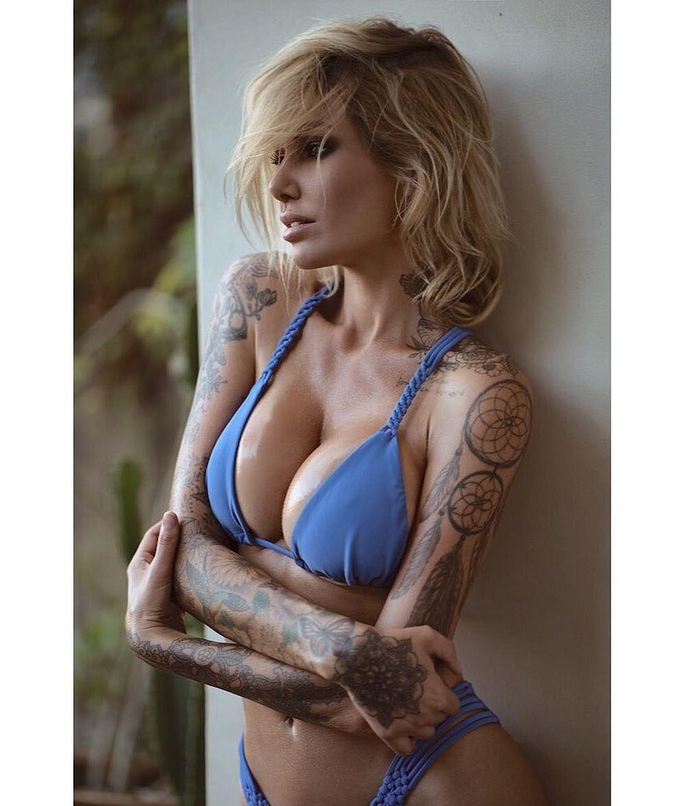 see through Instagram Tina Louise naked photo 2017
