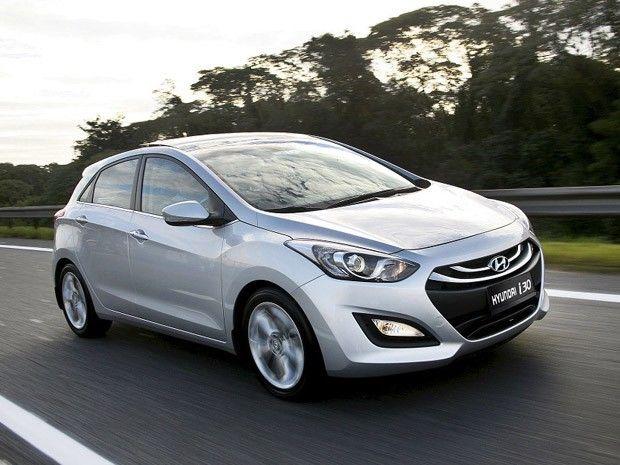Hyundai i30 chega à linha 2015 partindo de R$ 78 mil +http://brml.co/1wF4zwC
