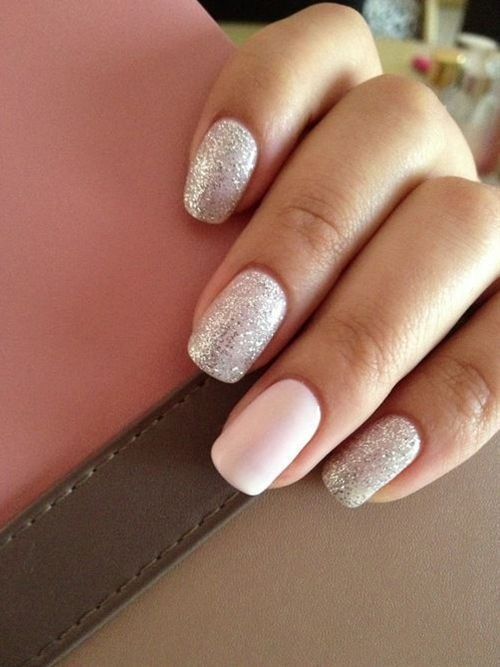 Silver Nails With A Plain White Accent Nail Glitter Accent Nail Art
