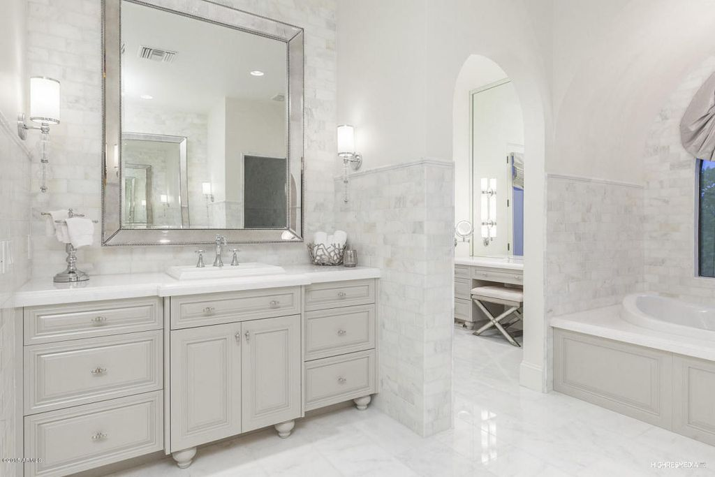Traditional Master Bathroom With Piece Revere CPanel RTF Cabinet - Thassos white marble bathroom