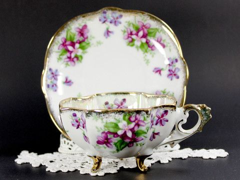 Napco Pearlized Vintage Teacup - Three Footed Opalescent Tea Cup and Saucer - Gorgeous Violets