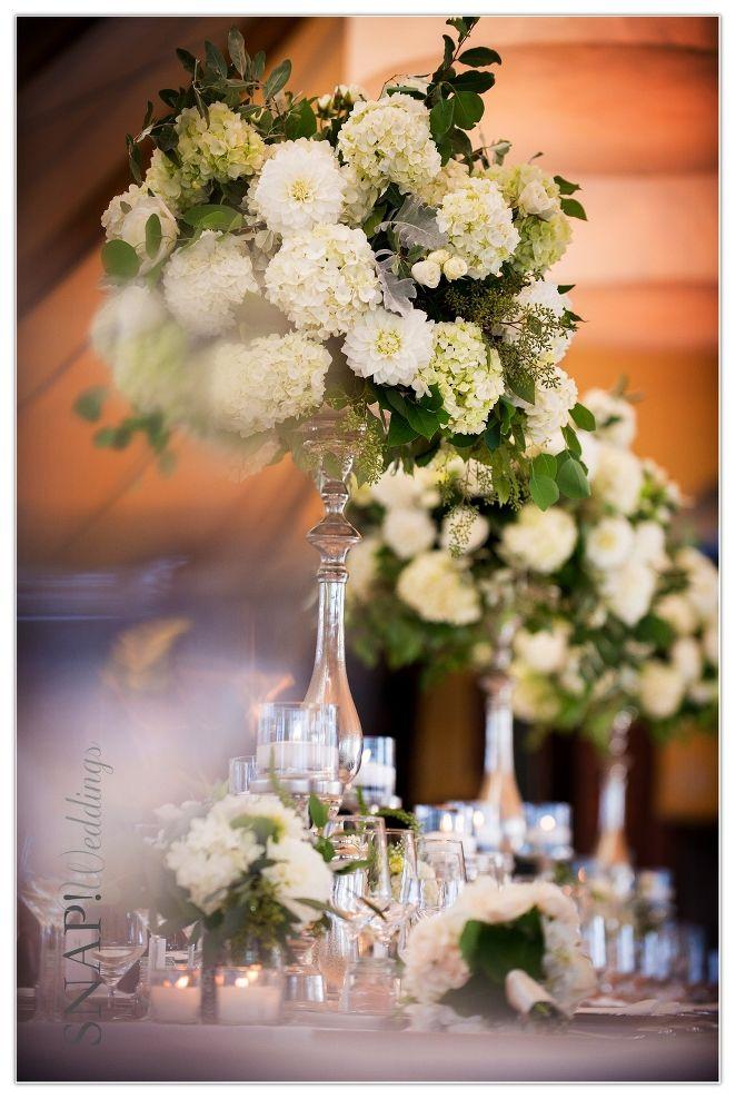 Victoria And John S Castle Hill Wedding Wedding Wedding Flowers Ceremony Flowers