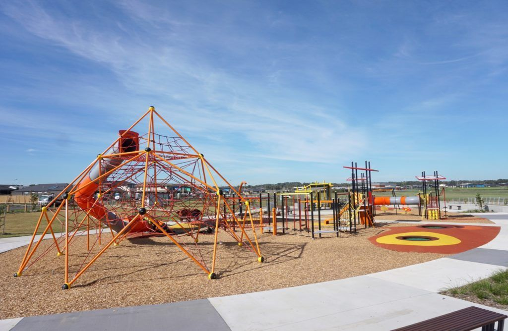 Trueman Reserve Clarinda Park Cranbourne West Playground Tot Hot Or Not Playground Park Free Park